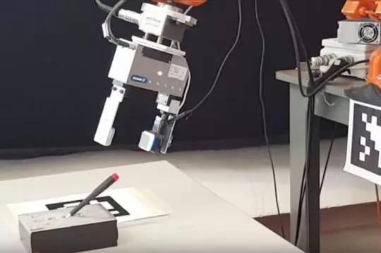 触觉传感器为机器人提供了新功能