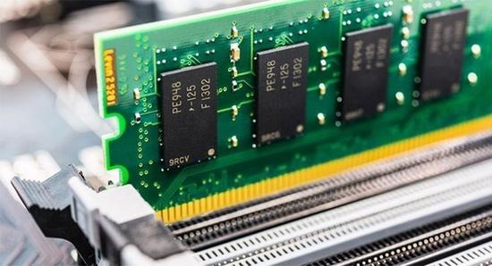 DDR5内存芯片面世 频率可达6400MHz