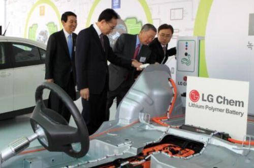 LG波兰开建欧洲最大锂电池工厂 可供10万辆汽车使用