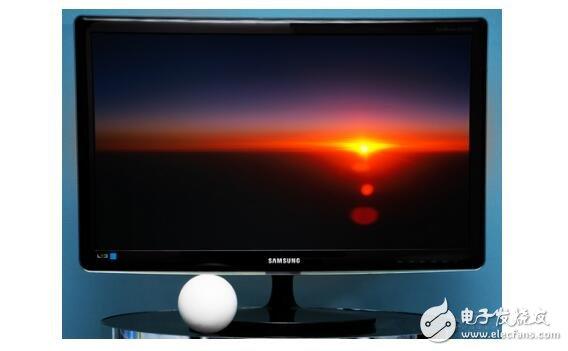 液晶显示器有什么特点?液晶显示器亮度和对比度多少合适?