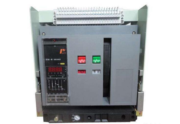 低压断路器功能作用及工作原理