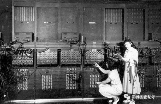 第一台电子计算机 ENIAC