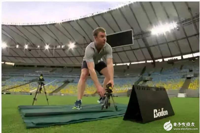 世界杯的黑科技层出不穷,球鞋竟然植入智能传感器