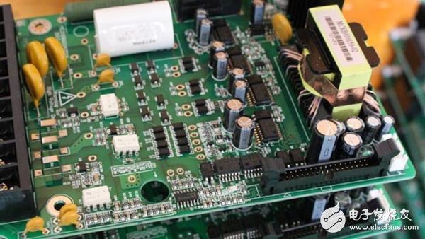 基于FPGA实现数字控制技术的程控直流变换器设计