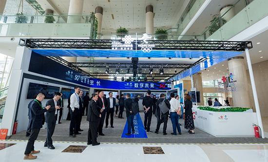 """李国华:中国联通设立 """"25121""""五大目标,推动5G应用创新"""