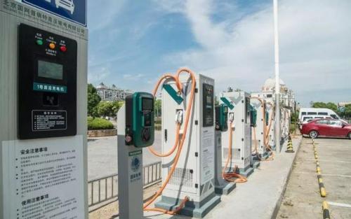 我国充电桩产业将加速建设 充电桩行业发展正当时