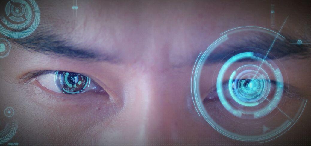 """斯坦福推出""""眼球追�""""眼�R 自���焦人眼所看的位置"""