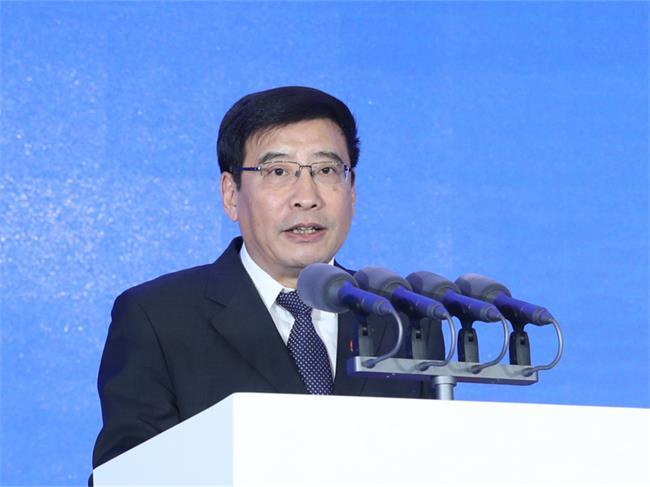 苗圩出席2019世界智能网联汽车大会开幕式并致辞