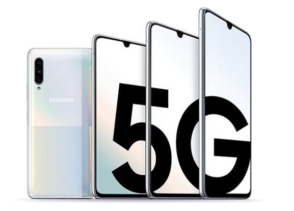 """中国电信首款5G高端定制机发布:重塑三星W系列""""翻盖""""经典"""