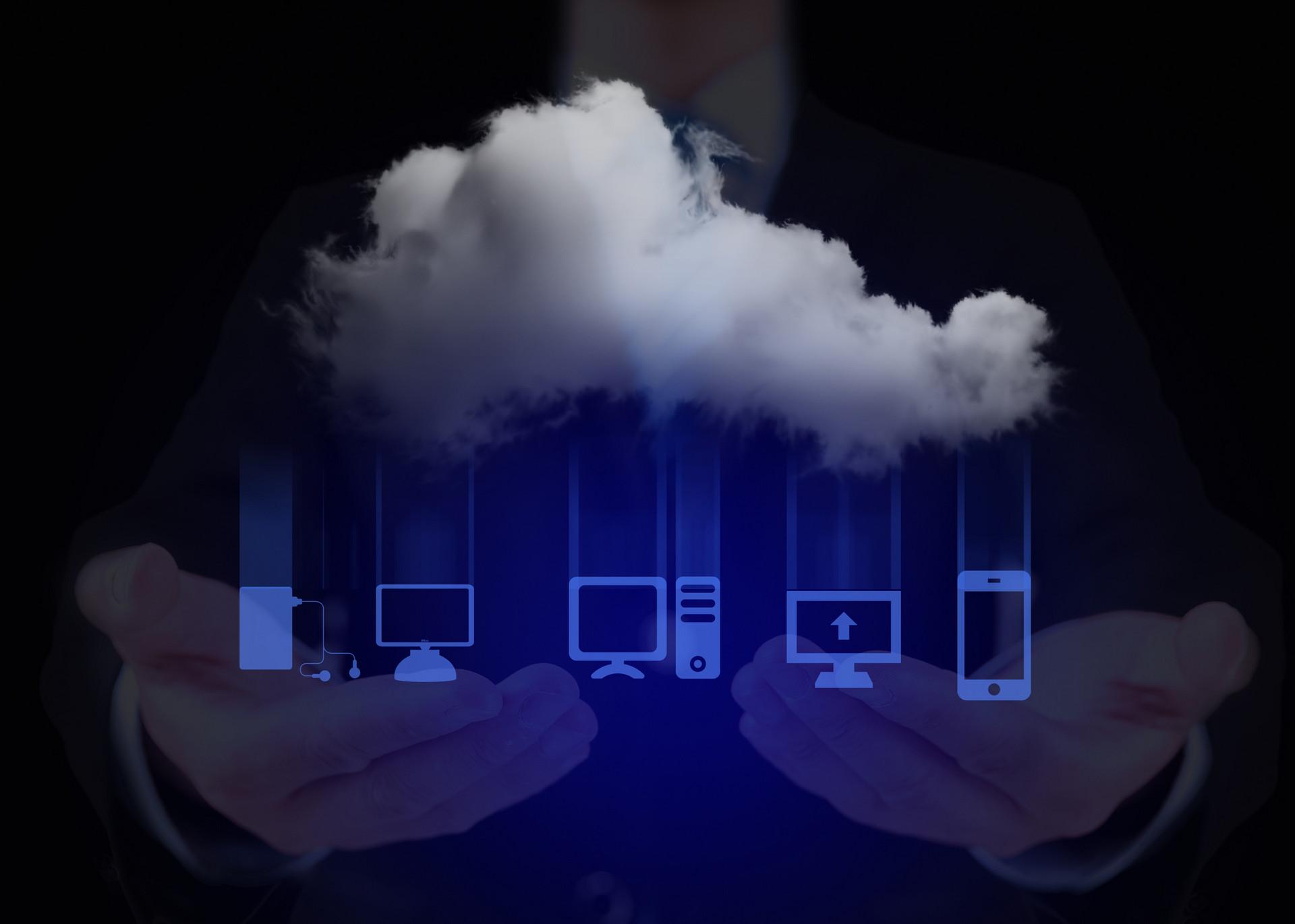 Qorvo推出�煽罡咝阅�PMIC用于���中心、云存��和�算��用