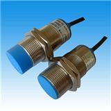 小型LJ4A3-1-Z/BX电感式接近传感器