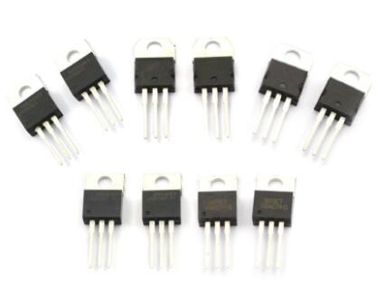 LM7805CT 集成电路(IC)