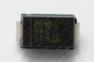 STTH1R06A